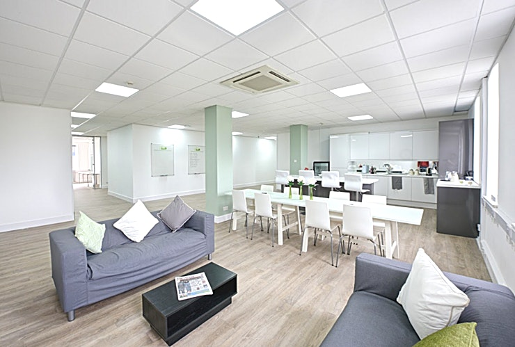 Freedom Works Worthing **From as little as £15 per hour/ £100 for 10 hours!**   These spacious, light and professional meeting rooms in the co-working locations are all equipped with 1GB dedicated wifi line, free refreshments, and on-site parking. TV, Whiteboards and Flip-charts are also inclusive to use within your booking.   Freedom Works is more than a roof over your head!